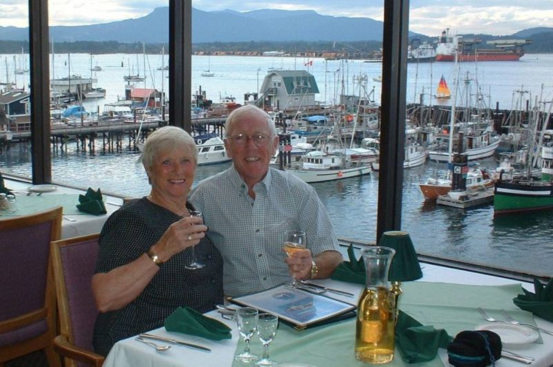 ANNIVERSARY_DINNER_VANCOUVER_ISLAND